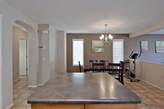 Photo 10: 530 GEISSINGER LO NW in Edmonton: Zone 58 House for sale : MLS®# E4158785
