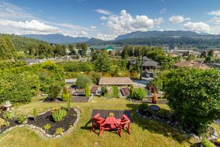 Photo 1: 2322 ST GEORGE Street in Port Moody: Port Moody Centre House for sale : MLS®# R2404288