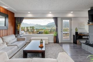 Photo 4: 2322 ST GEORGE Street in Port Moody: Port Moody Centre House for sale : MLS®# R2404288