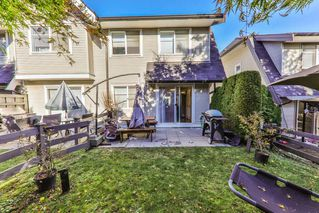 """Photo 9: 34 15871 85 Avenue in Surrey: Fleetwood Tynehead Townhouse for sale in """"Huckleberry"""" : MLS®# R2422323"""