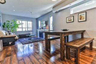 """Photo 4: 34 15871 85 Avenue in Surrey: Fleetwood Tynehead Townhouse for sale in """"Huckleberry"""" : MLS®# R2422323"""