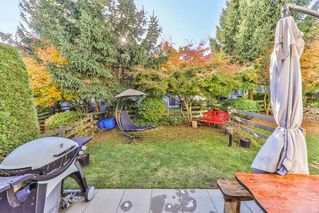 """Photo 11: 34 15871 85 Avenue in Surrey: Fleetwood Tynehead Townhouse for sale in """"Huckleberry"""" : MLS®# R2422323"""