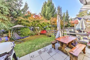 """Photo 10: 34 15871 85 Avenue in Surrey: Fleetwood Tynehead Townhouse for sale in """"Huckleberry"""" : MLS®# R2422323"""