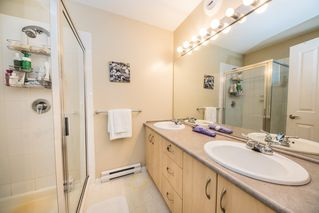 """Photo 8: 34 15871 85 Avenue in Surrey: Fleetwood Tynehead Townhouse for sale in """"Huckleberry"""" : MLS®# R2422323"""