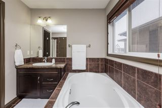 Photo 31: 1229 AINSLIE Way NW in Edmonton: Zone 56 House for sale : MLS®# E4184920