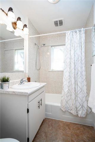 Photo 15: 16 St Thomas Road in Winnipeg: St Vital Residential for sale (2D)  : MLS®# 202009803