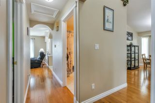 Photo 18: 4847 152 Avenue NW in Edmonton: Zone 02 House for sale : MLS®# E4197036