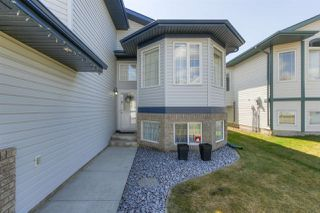 Photo 3: 4847 152 Avenue NW in Edmonton: Zone 02 House for sale : MLS®# E4197036