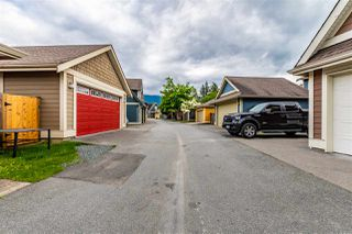 "Photo 33: 5933 MATSQUI Street in Chilliwack: Vedder S Watson-Promontory House 1/2 Duplex for sale in ""GARRISON CROSSING"" (Sardis)  : MLS®# R2461890"
