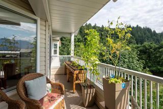 "Photo 3: 403 46966 YALE Road in Chilliwack: Chilliwack E Young-Yale Condo for sale in ""MOUNTAIN VIEW ESTATES"" : MLS®# R2486948"