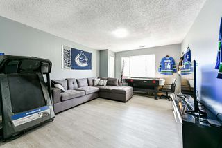 Photo 11: 12204 80B Avenue in Surrey: Queen Mary Park Surrey House for sale : MLS®# R2490197