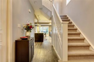 Photo 5: 115 GARDEN Crescent SW in Calgary: Elbow Park Detached for sale : MLS®# A1028934
