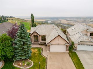 Main Photo: 152 GLENEAGLES View: Cochrane Detached for sale : MLS®# A1033487
