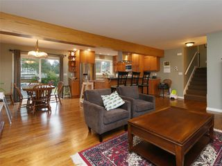 Photo 4: 507 Hallsor Dr in : Co Wishart North House for sale (Colwood)  : MLS®# 858837