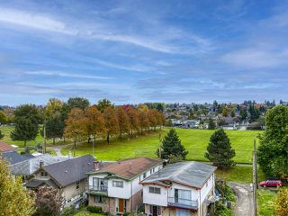 """Photo 3: 526 4078 KNIGHT Street in Vancouver: Knight Condo for sale in """"EDGE"""" (Vancouver East)  : MLS®# R2512910"""