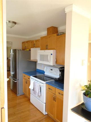 Photo 11: 8 3355 1st St in : CV Cumberland Row/Townhouse for sale (Comox Valley)  : MLS®# 860594