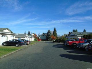 Photo 5: 8 3355 1st St in : CV Cumberland Row/Townhouse for sale (Comox Valley)  : MLS®# 860594