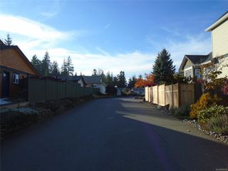 Photo 7: 8 3355 1st St in : CV Cumberland Row/Townhouse for sale (Comox Valley)  : MLS®# 860594