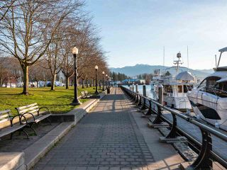 """Photo 21: 1102 1420 W GEORGIA Street in Vancouver: West End VW Condo for sale in """"The George"""" (Vancouver West)  : MLS®# R2528541"""