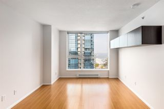 """Photo 3: 1102 1420 W GEORGIA Street in Vancouver: West End VW Condo for sale in """"The George"""" (Vancouver West)  : MLS®# R2528541"""