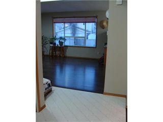 Photo 2: 128 RIVERGLEN Drive SE in CALGARY: Riverbend Residential Detached Single Family for sale (Calgary)  : MLS®# C3506059