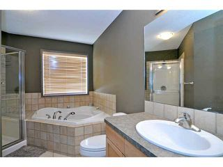 Photo 9: 11 SPRINGBLUFF Boulevard SW in CALGARY: Springbank Hill Residential Detached Single Family for sale (Calgary)  : MLS®# C3508884