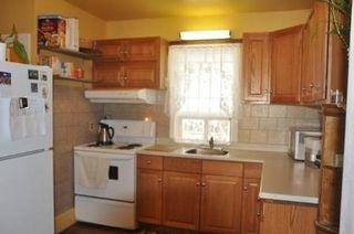 Photo 4: 446 Arlington Street in Winnipeg: Residential for sale (Canada)  : MLS®# 1116582
