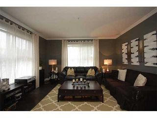 """Photo 3: 113 2478 SHAUGHNESSY Street in Port Coquitlam: Central Pt Coquitlam Condo for sale in """"SHAUGHNESSY EAST"""" : MLS®# V955594"""