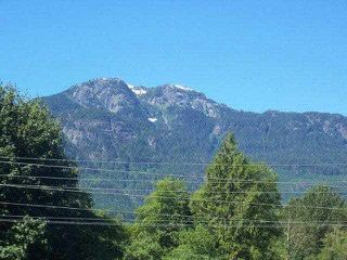 "Photo 8: 129 41105 TANTALUS Road in Squamish: Tantalus Condo for sale in ""THE GALLERIES"" : MLS®# V964435"