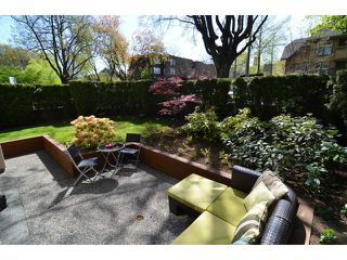 """Photo 7: 107 611 W 13TH Avenue in Vancouver: Fairview VW Condo for sale in """"Tiffany Court"""" (Vancouver West)  : MLS®# V1005478"""