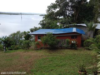 Photo 4: B&B Fishing Lodge and House on the lake for sale