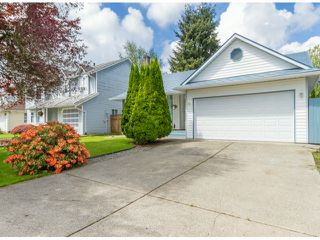 Photo 1: 9143 212TH ST in Langley: Walnut Grove House for sale : MLS®# F1312750