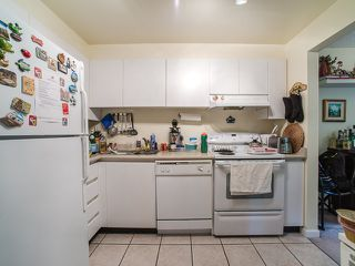 Photo 9: Vancouver West in West End VW: Condo for sale : MLS®# R2080754