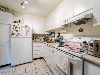 Photo 10: Vancouver West in West End VW: Condo for sale : MLS®# R2080754