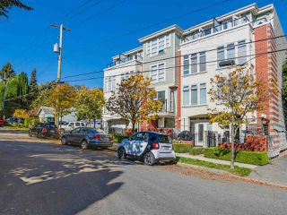 Photo 1: 203 3637 W 17TH AVENUE in Vancouver: Dunbar Condo for sale (Vancouver West)  : MLS®# R2150087
