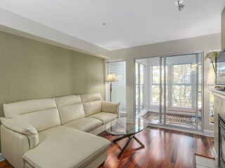 Photo 3: 203 3637 W 17TH AVENUE in Vancouver: Dunbar Condo for sale (Vancouver West)  : MLS®# R2150087
