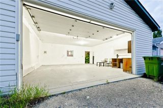 Photo 2: 167 BRIDLEWOOD CM SW in Calgary: Bridlewood House for sale