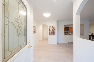 Photo 2: 1455 APEL Drive in Port Coquitlam: Oxford Heights House for sale : MLS®# R2393214