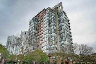 Main Photo: 2B 139 DRAKE Street in Vancouver: Yaletown Condo for sale (Vancouver West)  : MLS®# R2401777