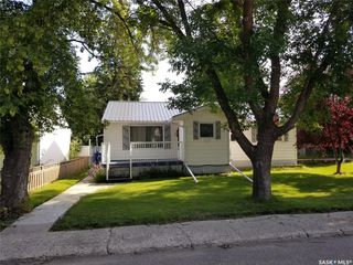 Photo 1: 473 4th Avenue East in Unity: Residential for sale : MLS®# SK790123