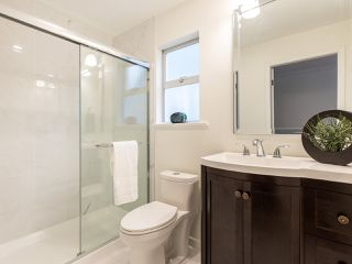 "Photo 12: 3851 W 31ST Avenue in Vancouver: Dunbar House for sale in ""DUNBAR"" (Vancouver West)  : MLS®# R2418706"