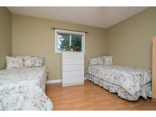 """Photo 16: 4620 209A Street in Langley: Langley City House for sale in """"Uplands"""" : MLS®# R2431570"""