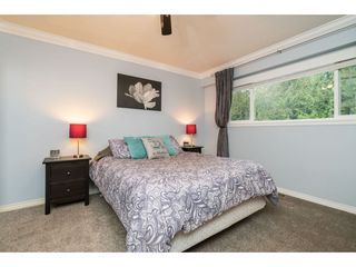 """Photo 9: 4620 209A Street in Langley: Langley City House for sale in """"Uplands"""" : MLS®# R2431570"""