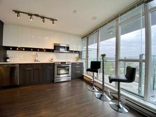 Photo 9: 1508 958 RIDGEWAY Avenue in Coquitlam: Central Coquitlam Condo for sale : MLS®# R2455189