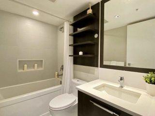 Photo 12: 1508 958 RIDGEWAY Avenue in Coquitlam: Central Coquitlam Condo for sale : MLS®# R2455189