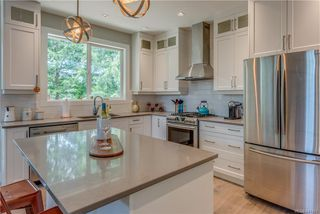 Photo 12: 1106 Braelyn Pl in Langford: La Olympic View House for sale : MLS®# 841107