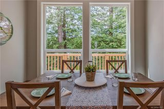 Photo 8: 1106 Braelyn Pl in Langford: La Olympic View House for sale : MLS®# 841107