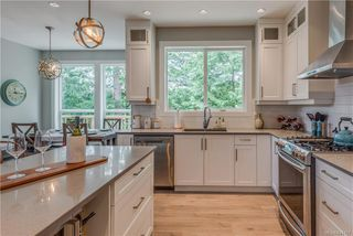 Photo 14: 1106 Braelyn Pl in Langford: La Olympic View House for sale : MLS®# 841107