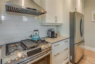 Photo 15: 1106 Braelyn Pl in Langford: La Olympic View House for sale : MLS®# 841107