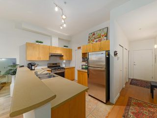 "Photo 12: 103 980 W 22ND Avenue in Vancouver: Cambie Condo for sale in ""SIMON LOFTS"" (Vancouver West)  : MLS®# R2479627"